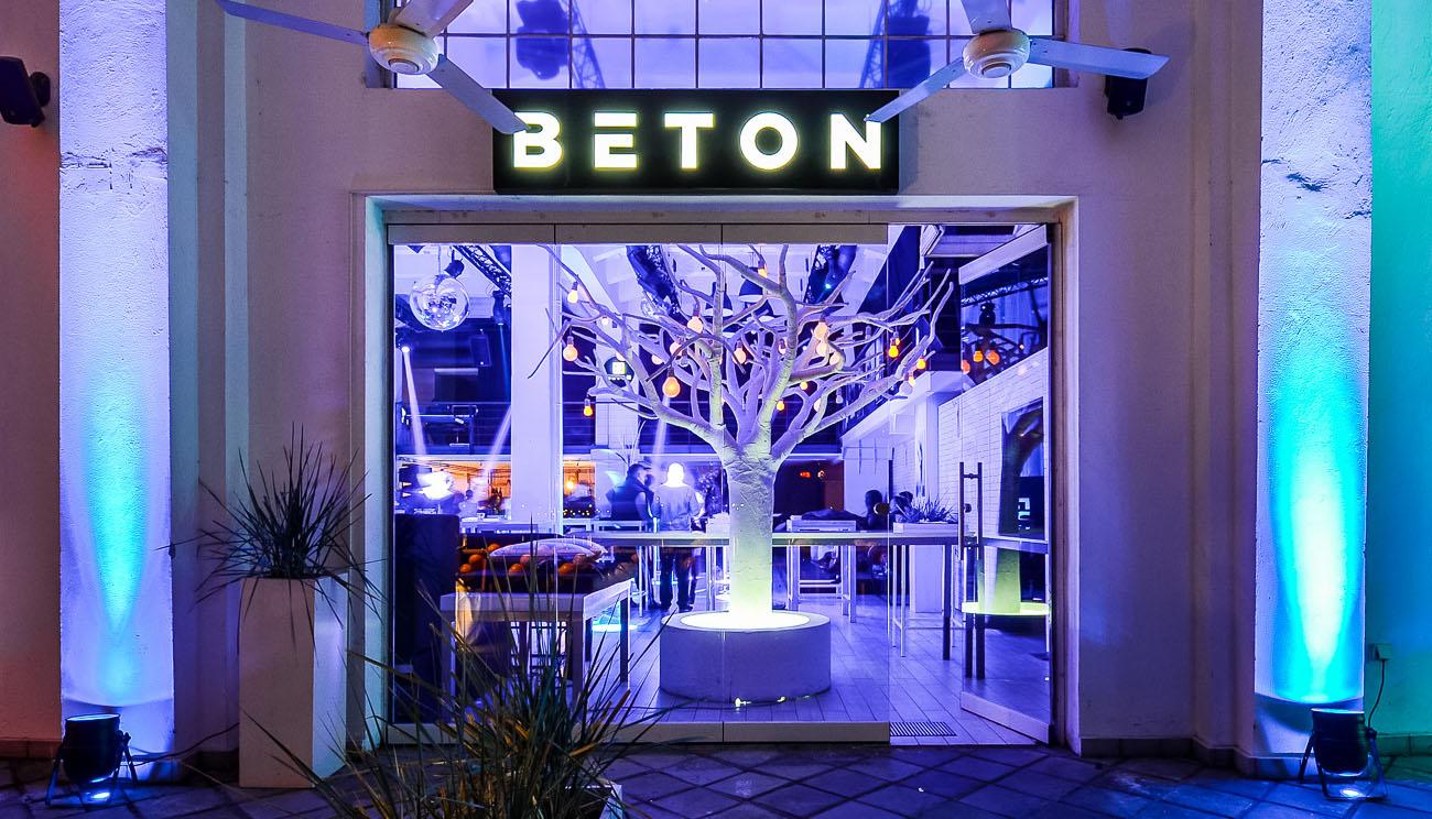 Club Beton   Belgrade at night
