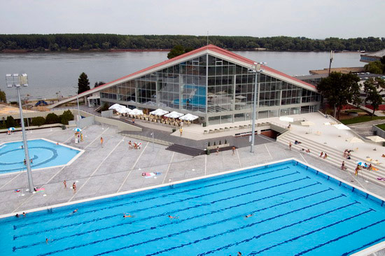 Swimming Pool Center