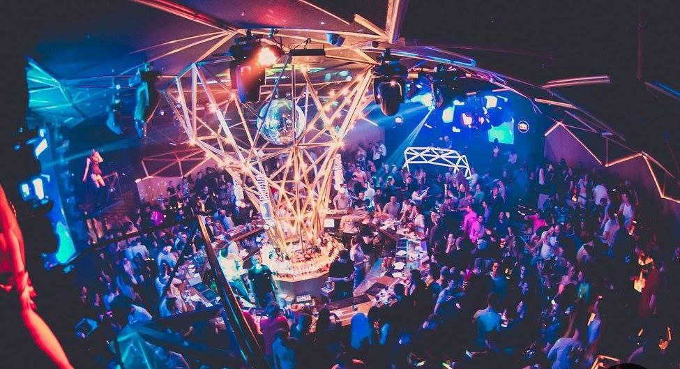 tilt night club
