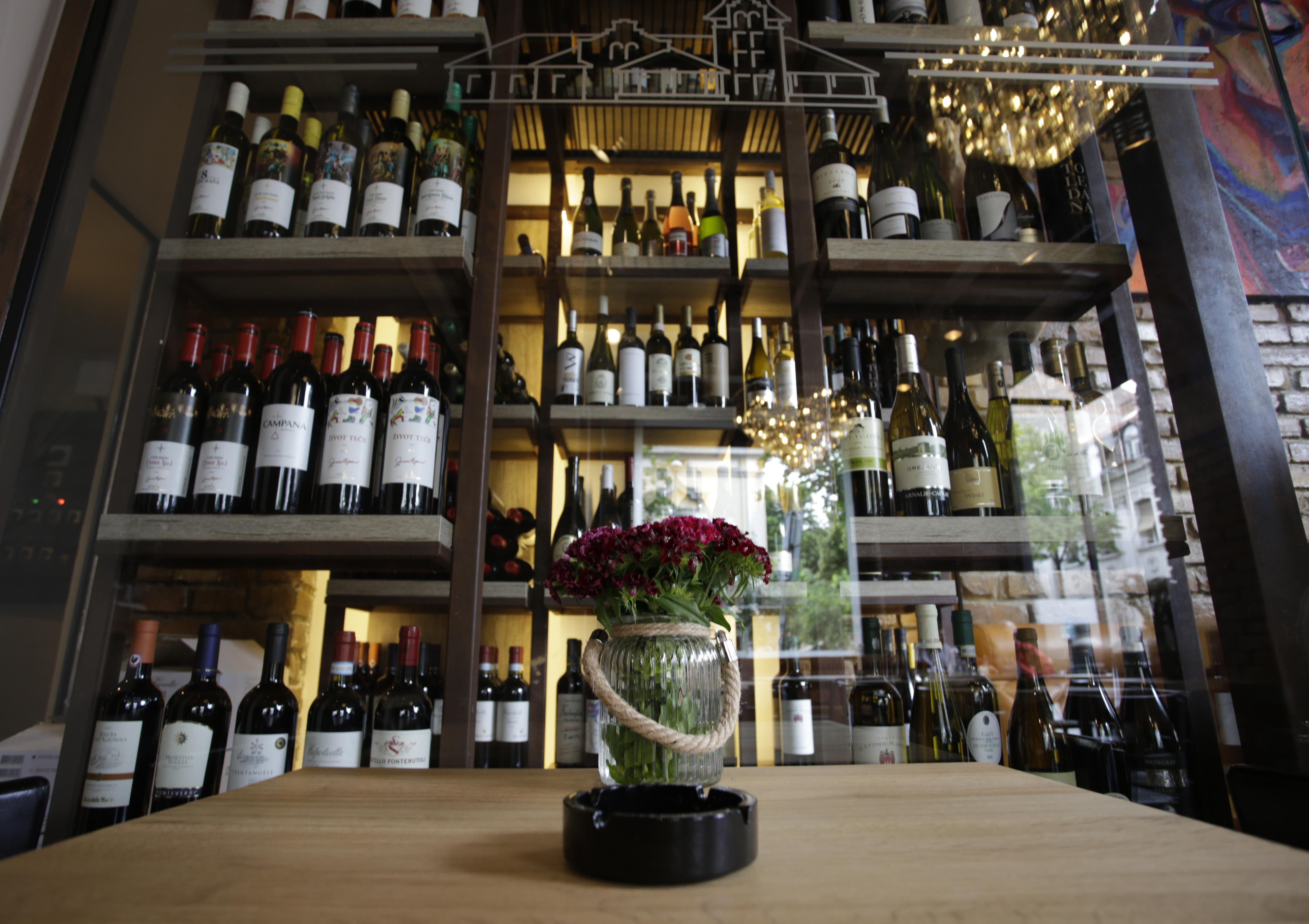 cantina del vino 1