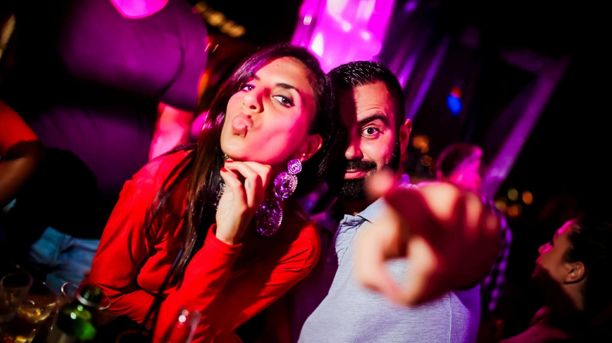 Shake it R'n'B Style at club Shake 'n' Shake 1