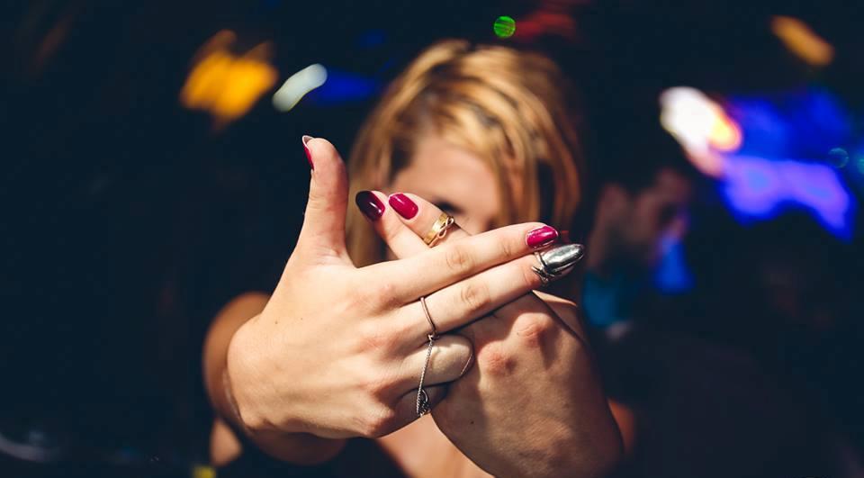 R'n'B style at club Shake'n'Shake 3