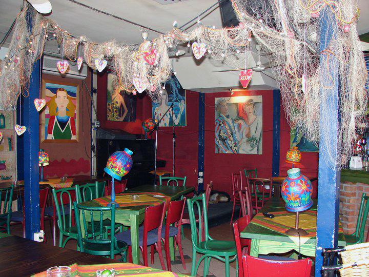 Every night live music performances - Restaurant Reka