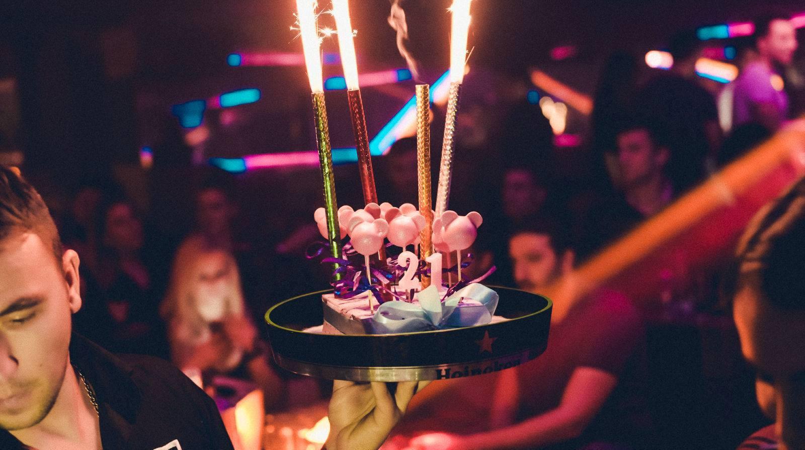 freaky-weekend-at-club-square