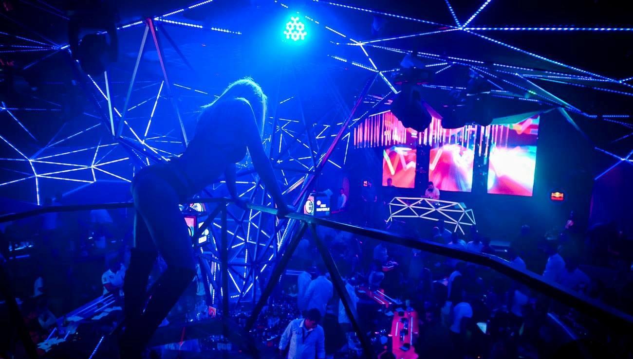 friday-madness-at-club-tilt