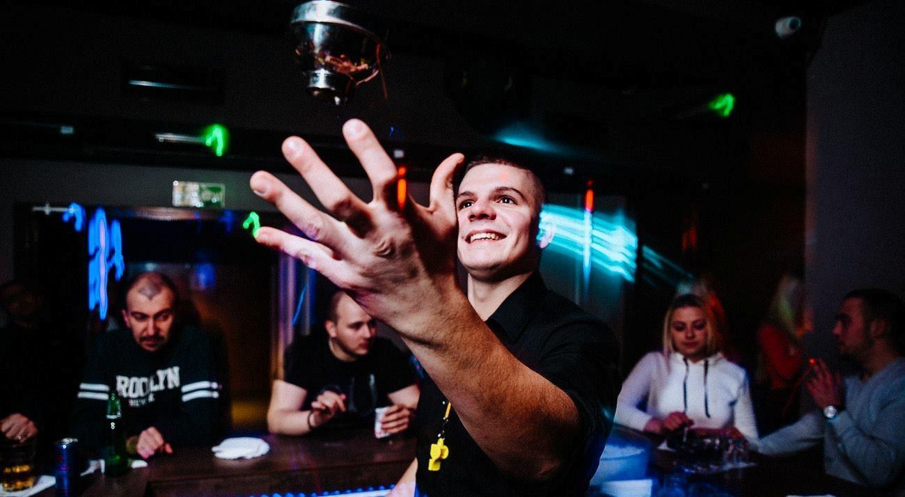 celebrating-nye-tonight-at-club-mr-stefan-braun3
