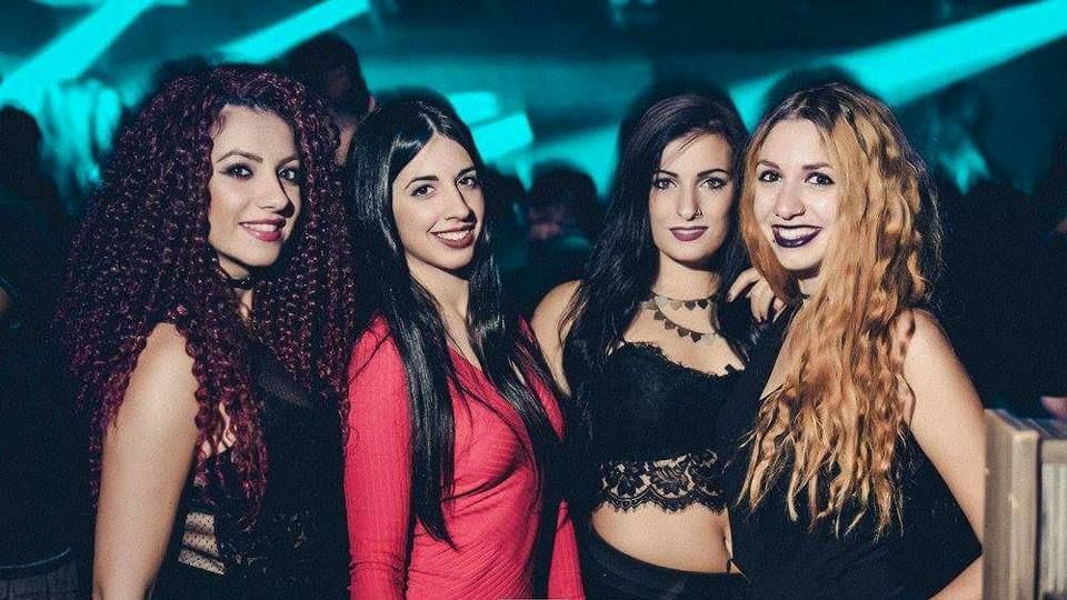 Grand opening of season No. 2 for Square club