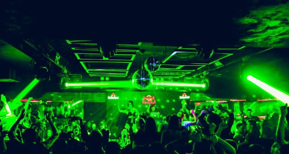 Retro music with DJ Alex Tic - Belgrade at night