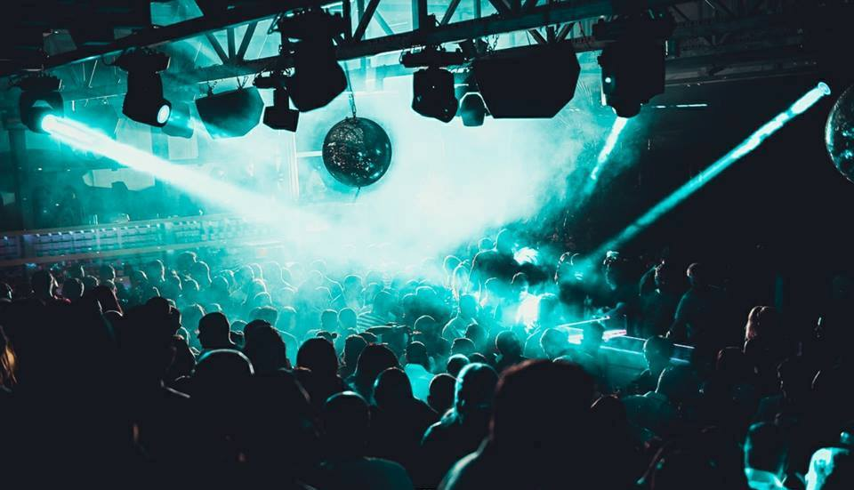 Saturday night around clubs in Belgrade