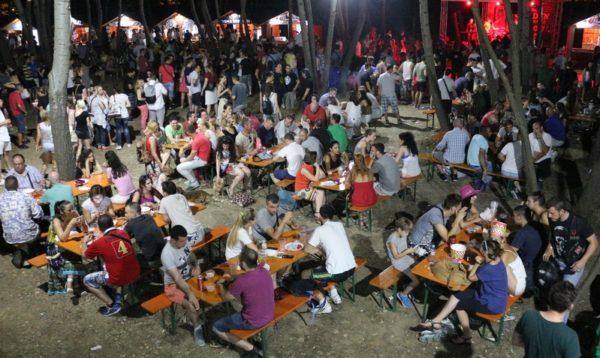 Beer Gardens in Belgrade | Belgrade at night