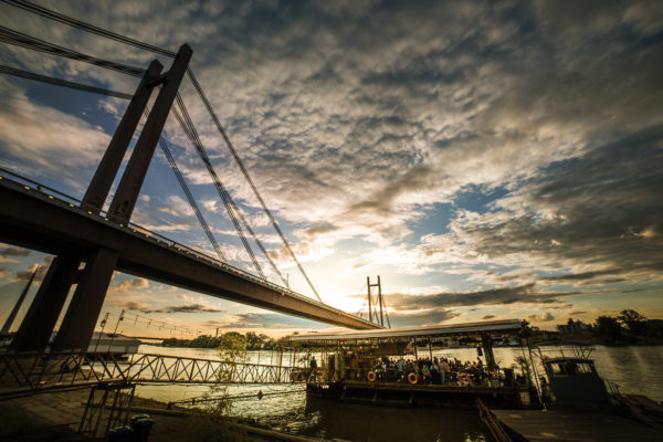 Splavovi - Floating river clubs