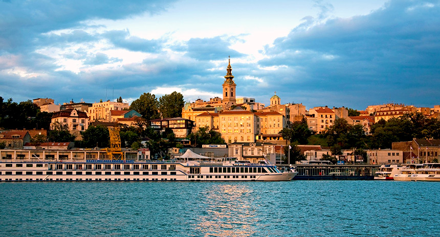 Belgrade by boat