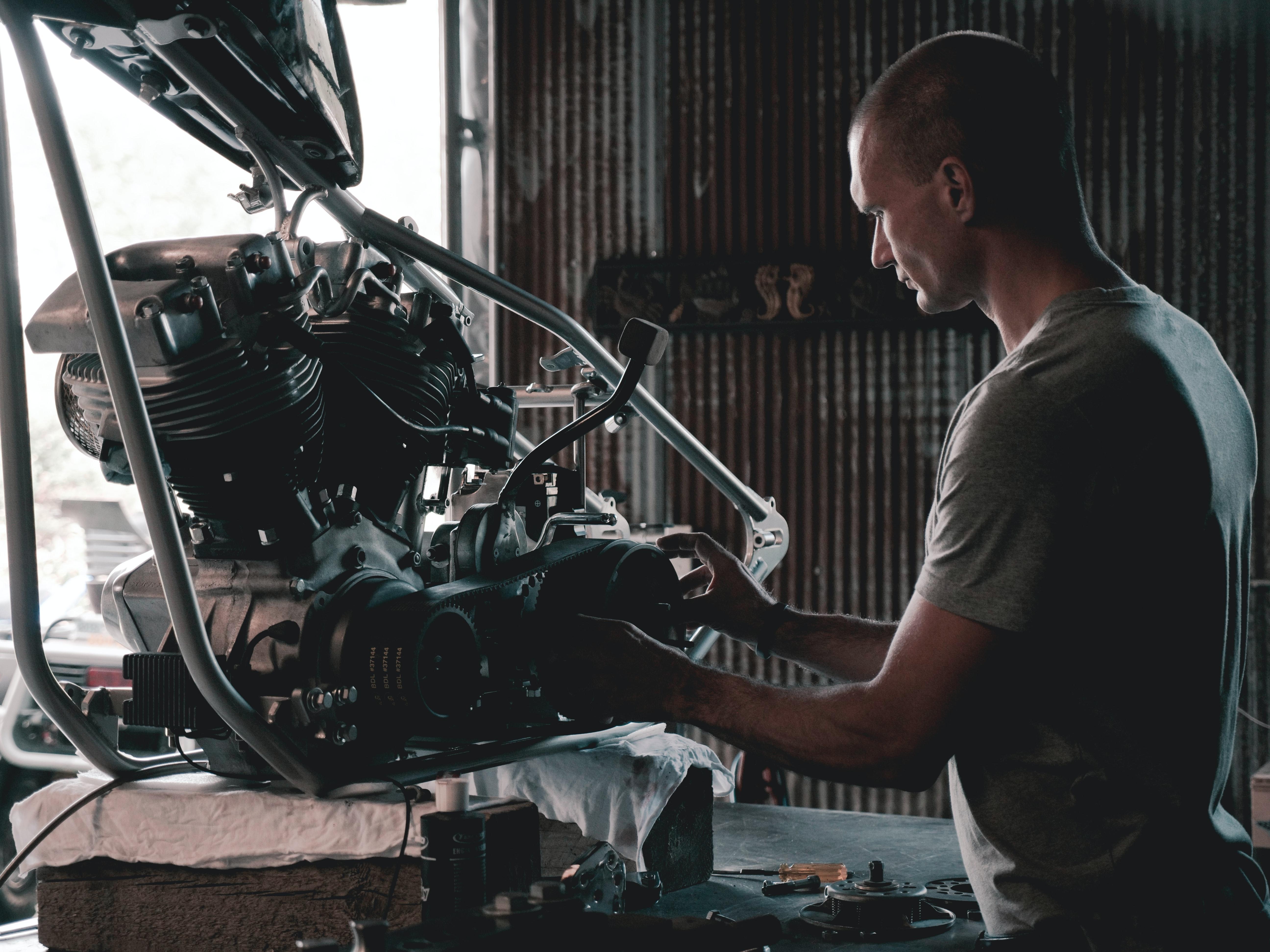 The Best Mechanics Auto Repair in Belgrade | Belgrade at night