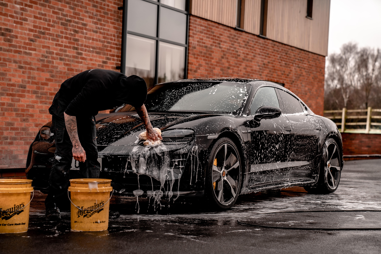 Hood Car Wash Belgrade